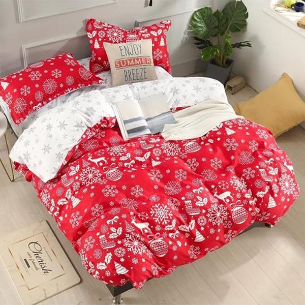 Bavlnené obliečky CHRISTMAS RED 3 dielna súprava 140x200cm - 140 x 200 cm - 3 SET 1x vankúš 1x malý vankúš 1x prikrývka - Červená